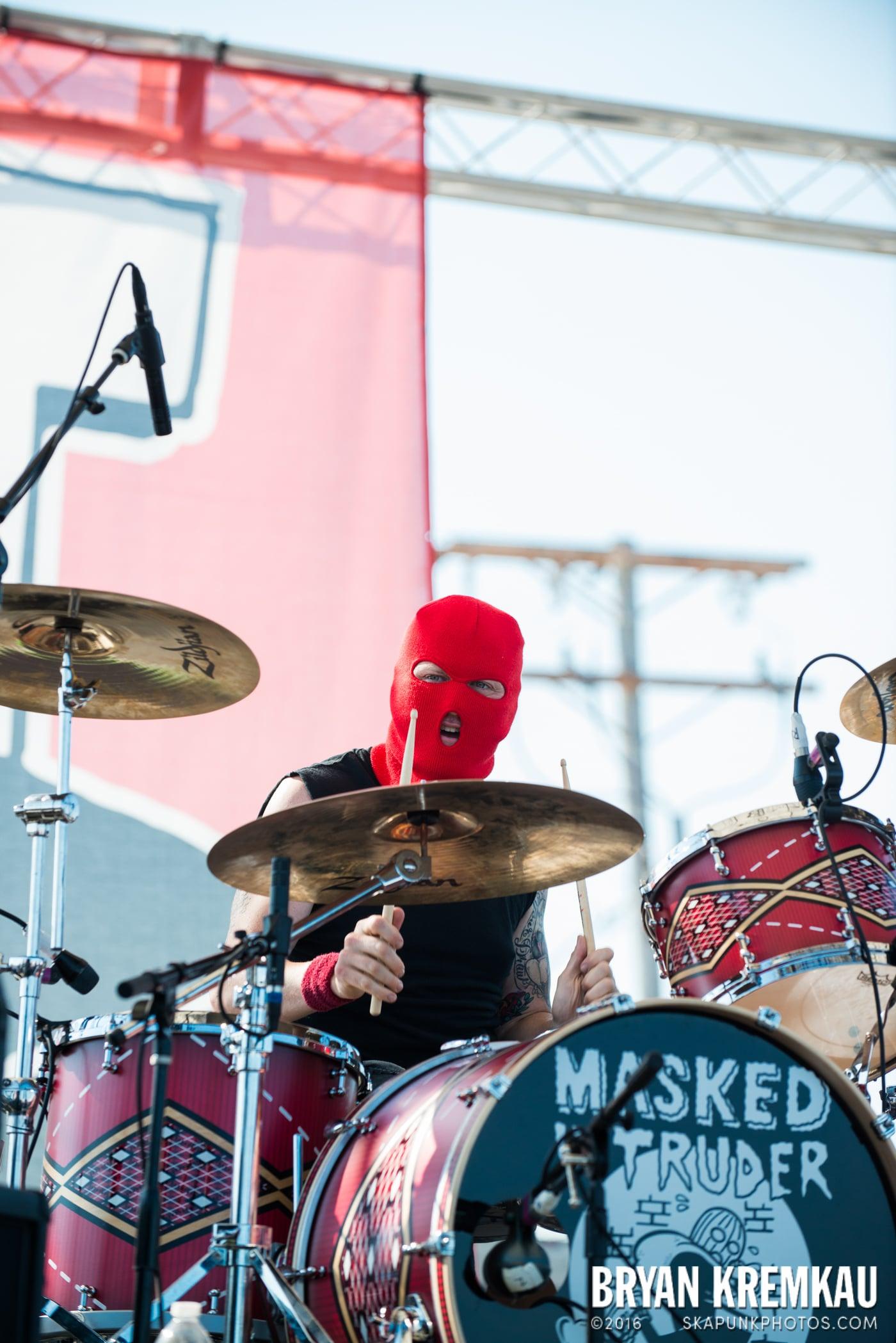 Masked Intruder @ Stone Pony Summer Stage, Asbury Park, NJ - 8.15.15 (16)