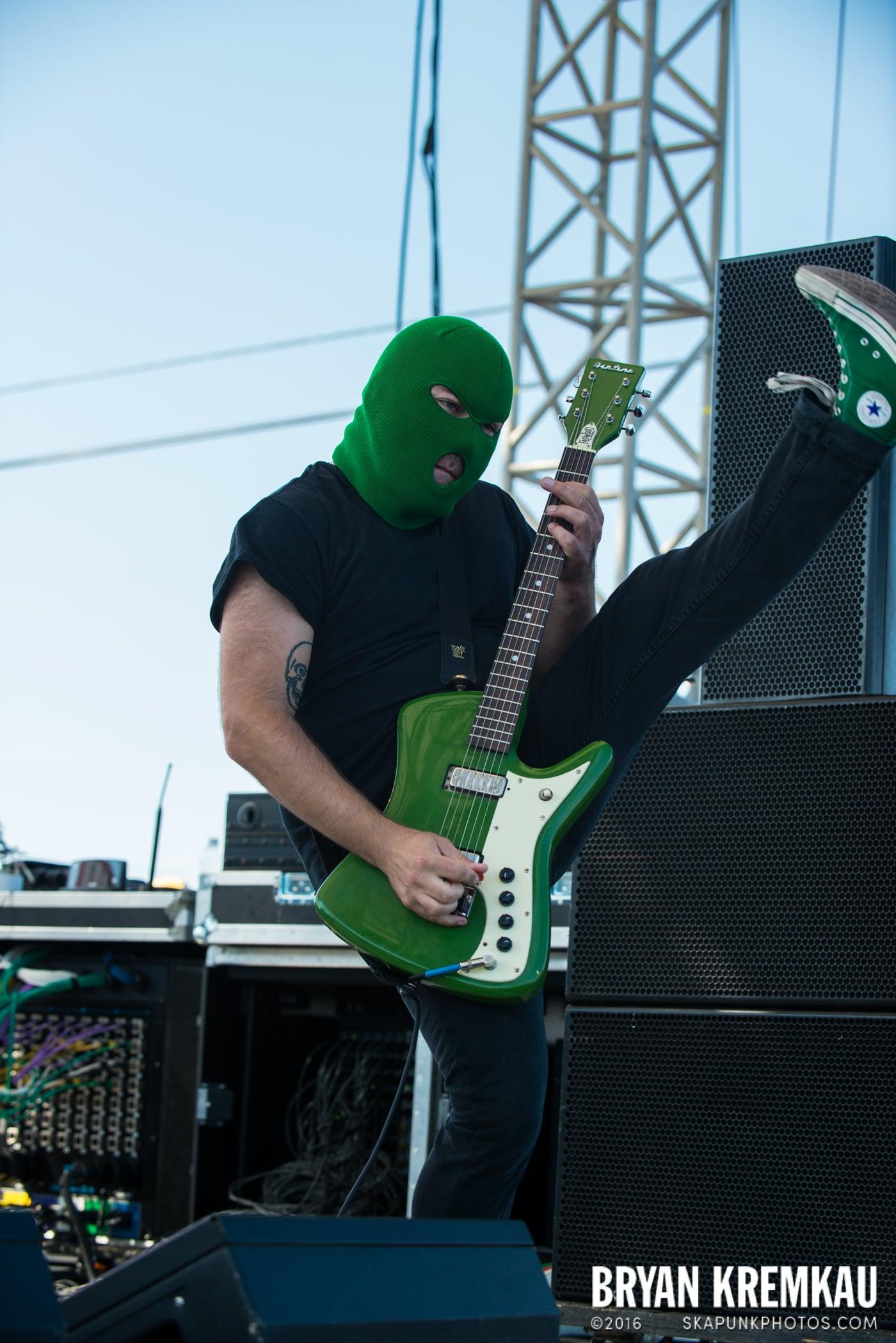 Masked Intruder @ Stone Pony Summer Stage, Asbury Park, NJ - 8.15.15 (12)