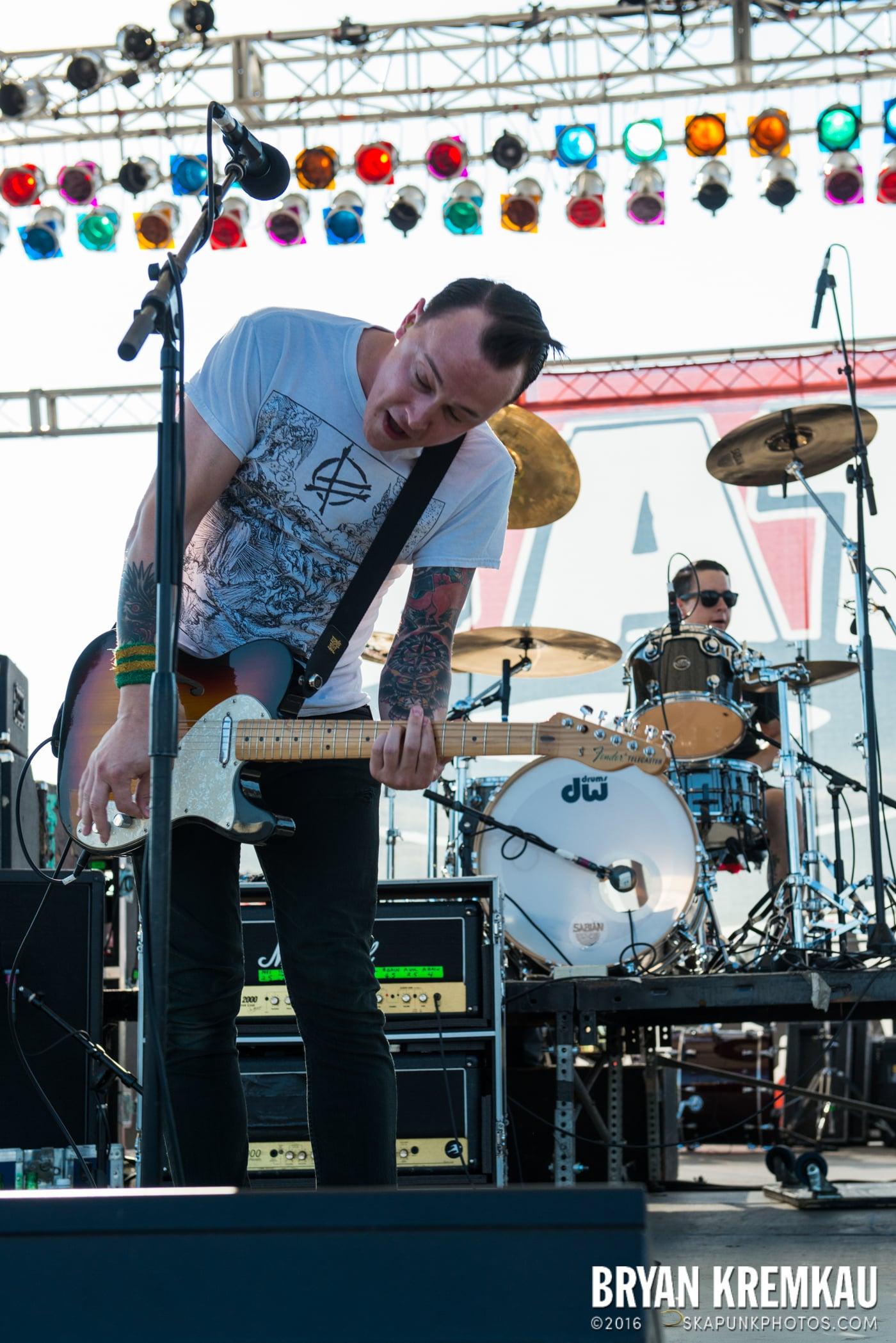 The Flatliners @ Stone Pony Summer Stage, Asbury Park, NJ - 8.15.15 (21)