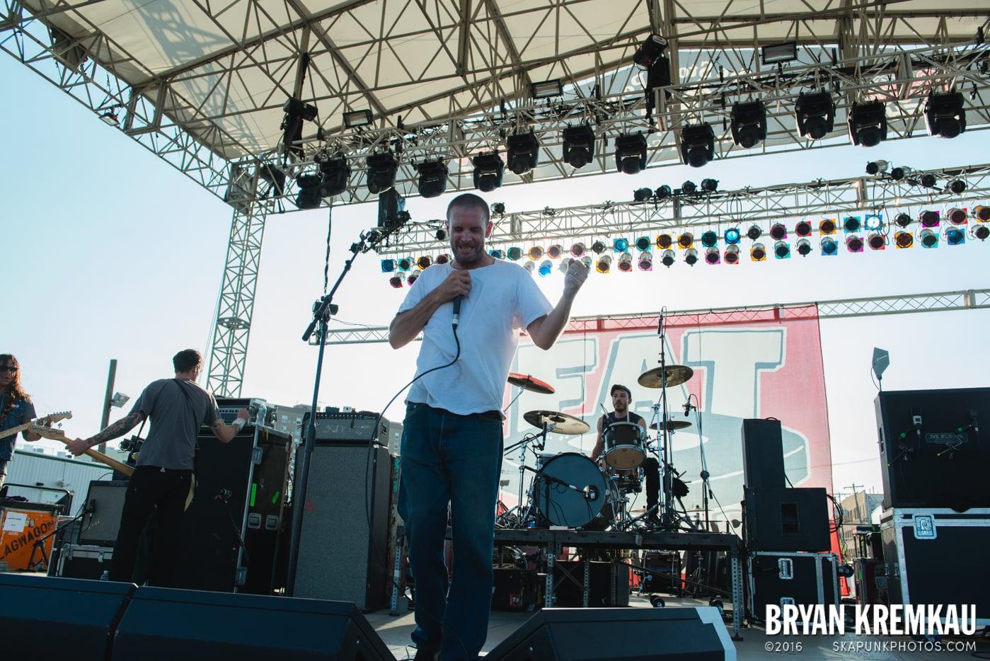 Swingin' Utters @ Stone Pony Summer Stage, Asbury Park, NJ - 8.15.15 (32)