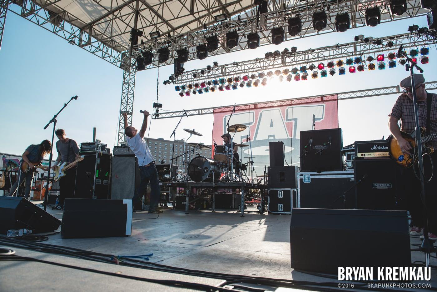 Swingin' Utters @ Stone Pony Summer Stage, Asbury Park, NJ - 8.15.15 (29)
