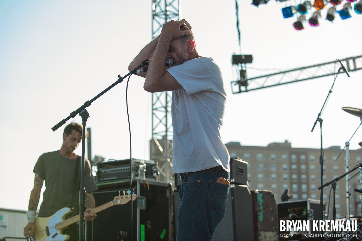Swingin' Utters @ Stone Pony Summer Stage, Asbury Park, NJ - 8.15.15 (15)
