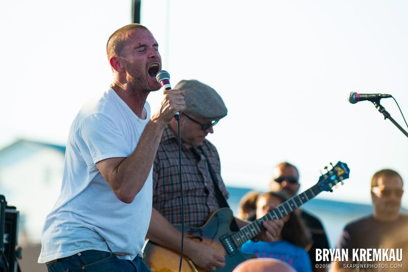 Swingin' Utters @ Stone Pony Summer Stage, Asbury Park, NJ - 8.15.15 (7)