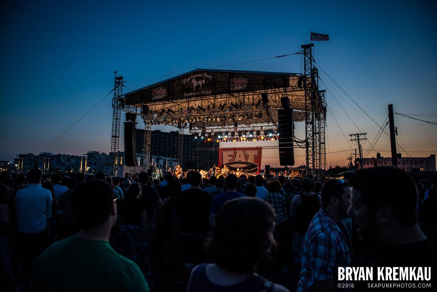 Lagwagon @ Stone Pony Summer Stage, Asbury Park, NJ - 8.15.15 (5)