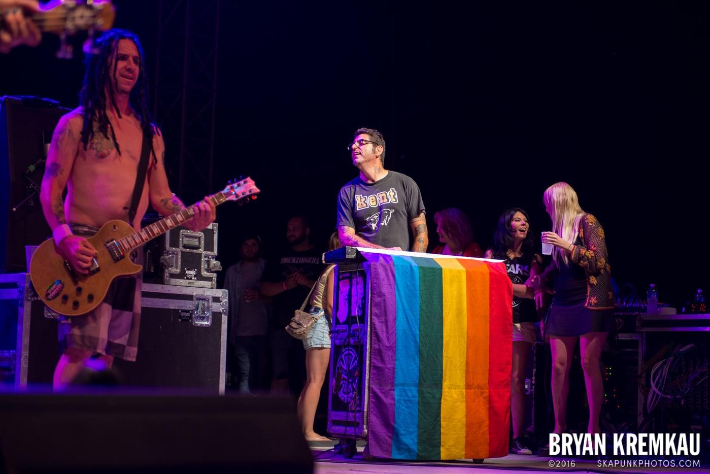 NOFX @ Stone Pony Summer Stage, Asbury Park, NJ - 8.15.15 (42)
