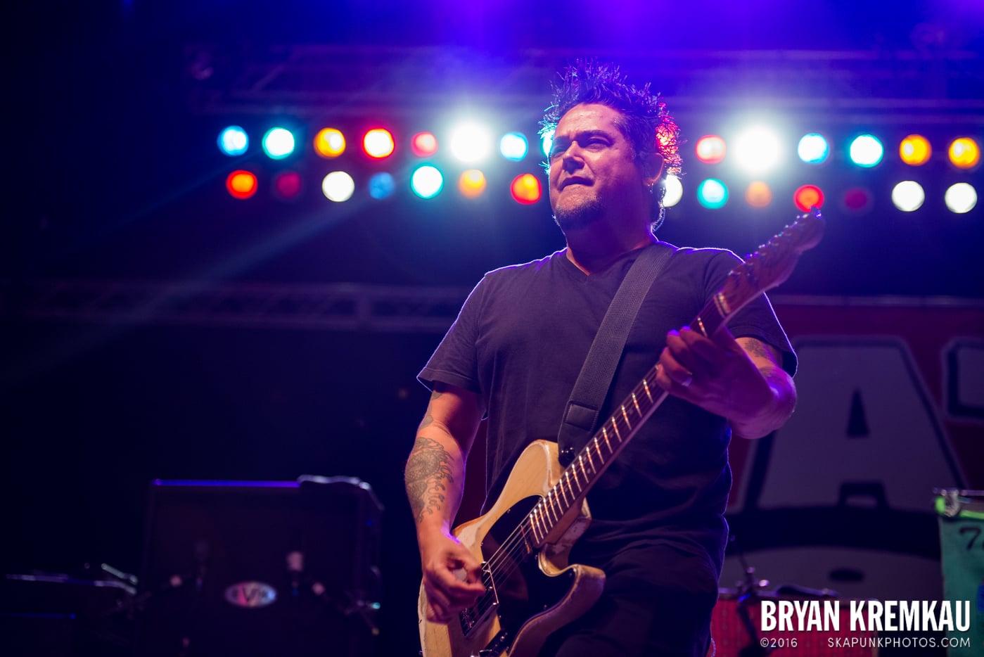 NOFX @ Stone Pony Summer Stage, Asbury Park, NJ - 8.15.15 (36)