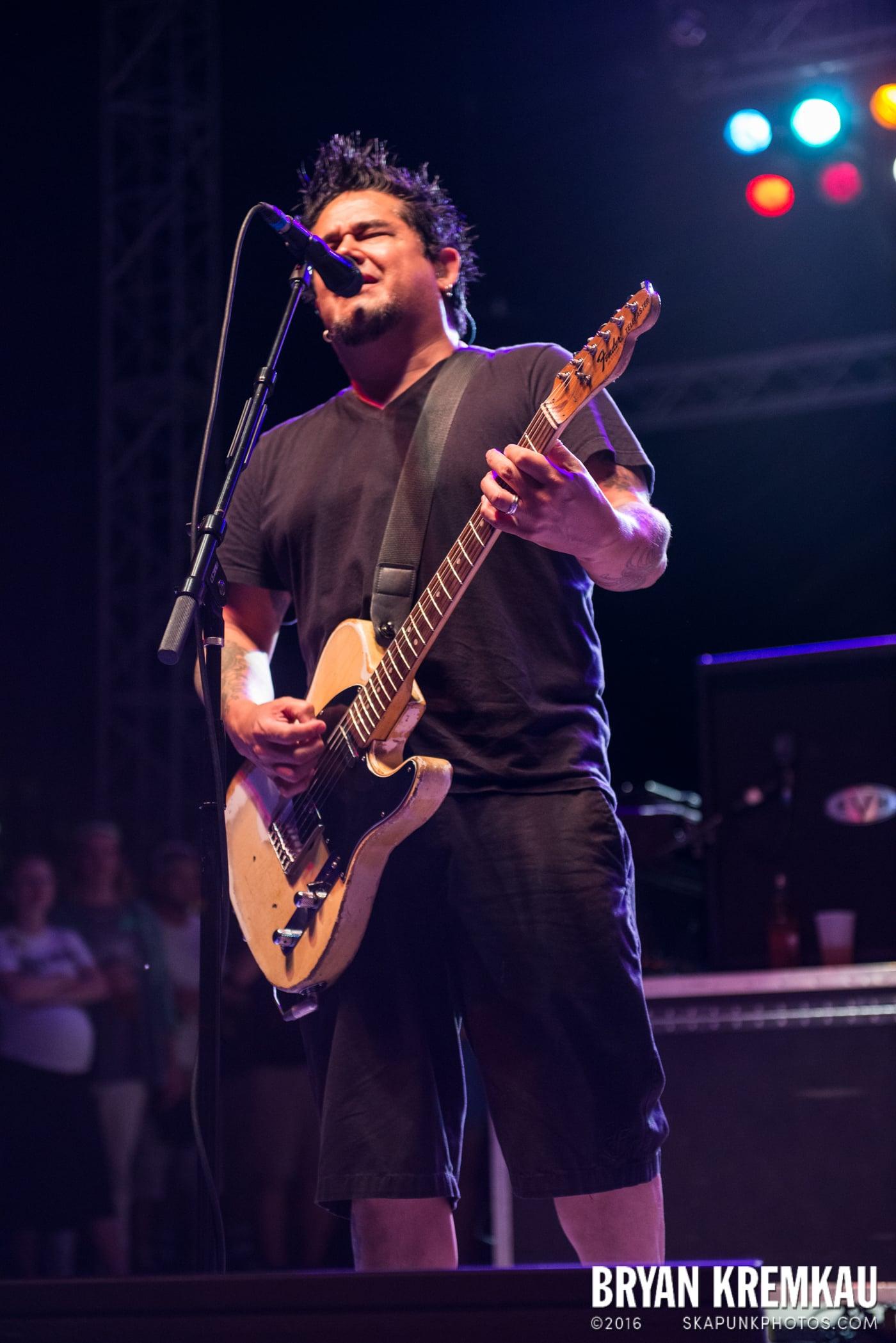 NOFX @ Stone Pony Summer Stage, Asbury Park, NJ - 8.15.15 (33)