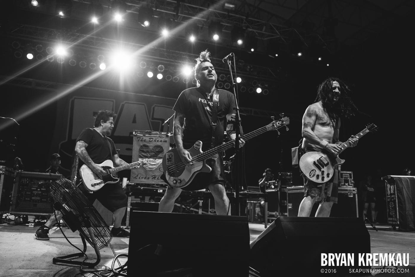NOFX @ Stone Pony Summer Stage, Asbury Park, NJ - 8.15.15 (27)