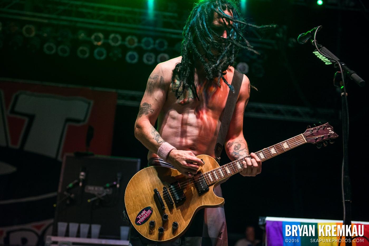 NOFX @ Stone Pony Summer Stage, Asbury Park, NJ - 8.15.15 (14)