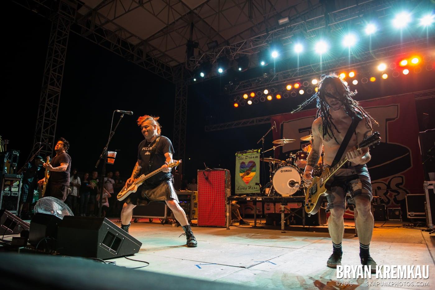 NOFX @ Stone Pony Summer Stage, Asbury Park, NJ - 8.15.15 (4)