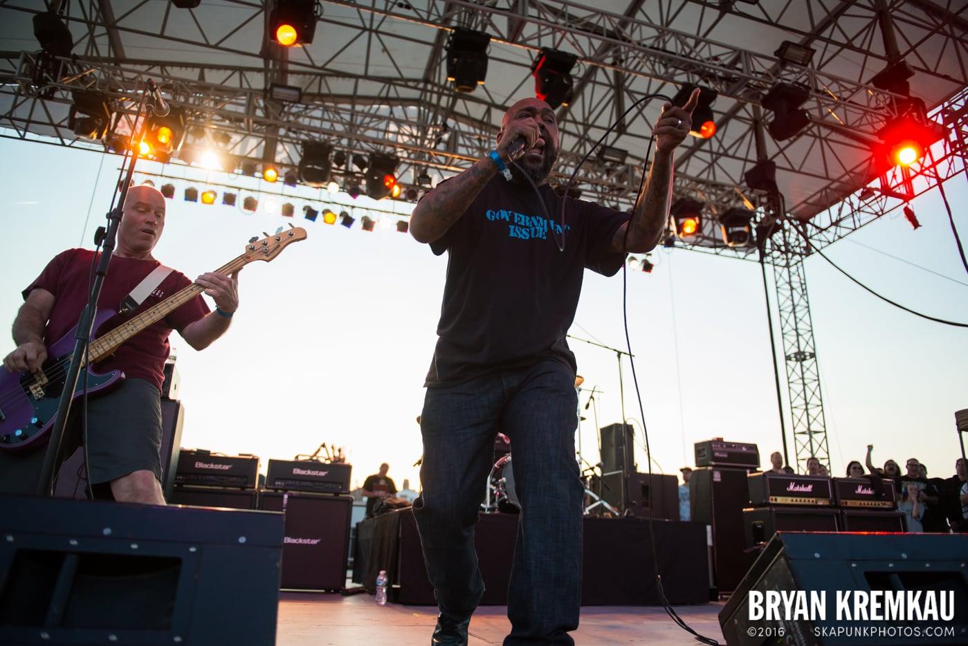 Dag Nasty @ Punk Rock Bowling, Stone Pony Summerstage, Asbury Park, NJ - 6.11.16 (7)