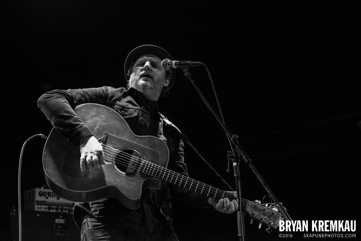 Casey Neill @ Bowery Ballroom, NYC - 9.26.16 (1)
