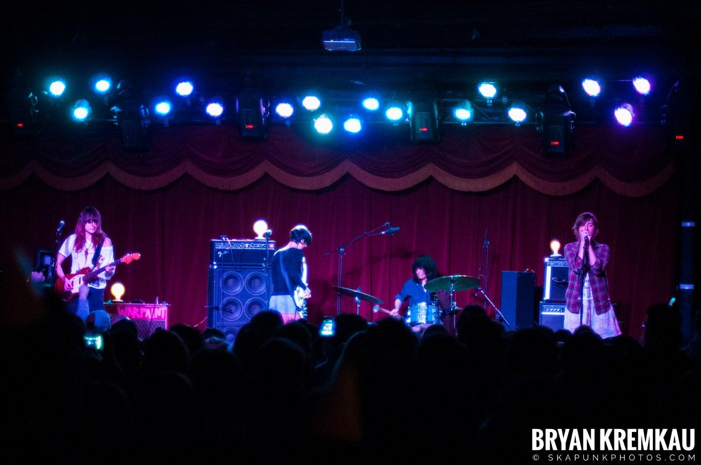 Warpaint @ Brooklyn Bowl, Brooklyn, NY - 3-30-11 (1)