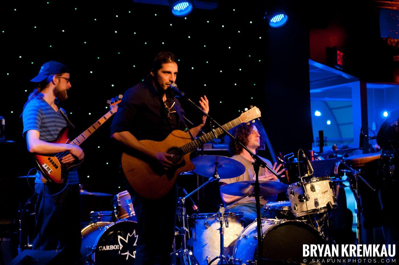 Adam Ezra Group @ Mexicali Live, Teaneck NJ - 4-21-11 (9)