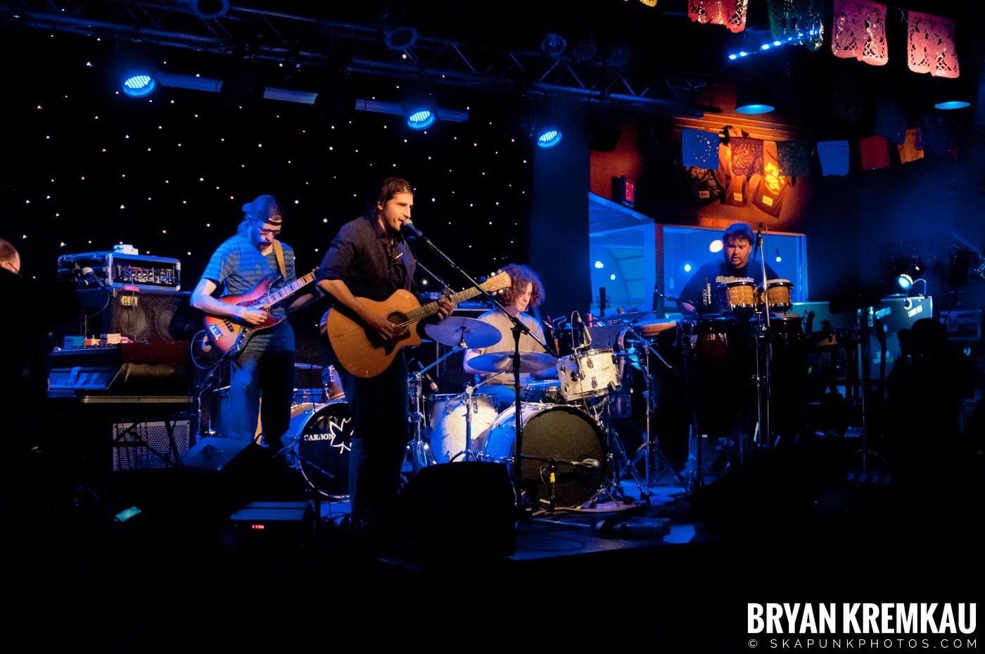 Adam Ezra Group @ Mexicali Live, Teaneck NJ - 4-21-11 (8)