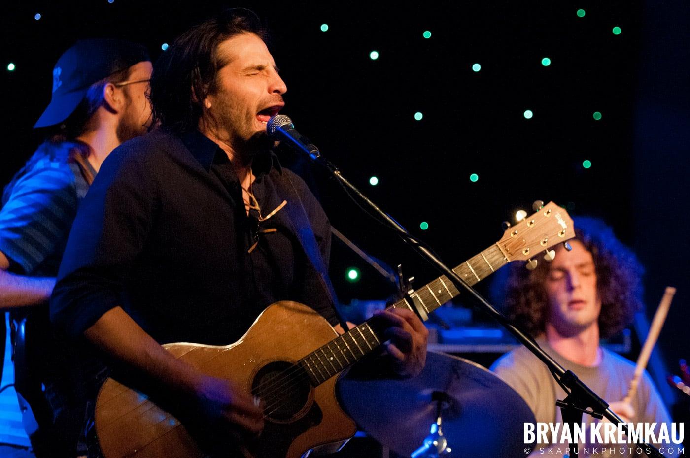 Adam Ezra Group @ Mexicali Live, Teaneck NJ - 4-21-11 (6)