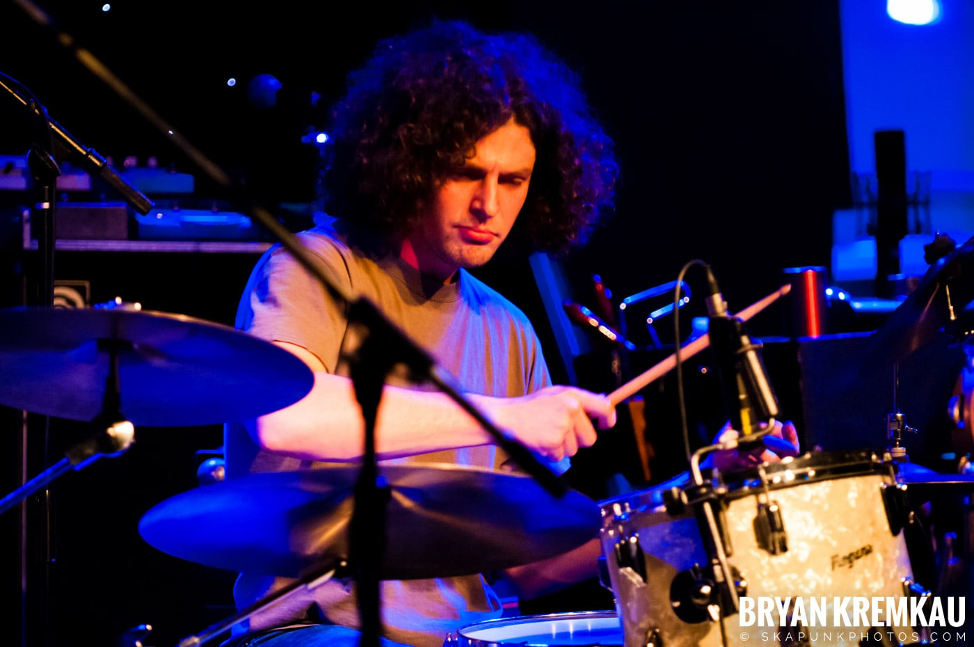 Adam Ezra Group @ Mexicali Live, Teaneck NJ - 4-21-11 (4)