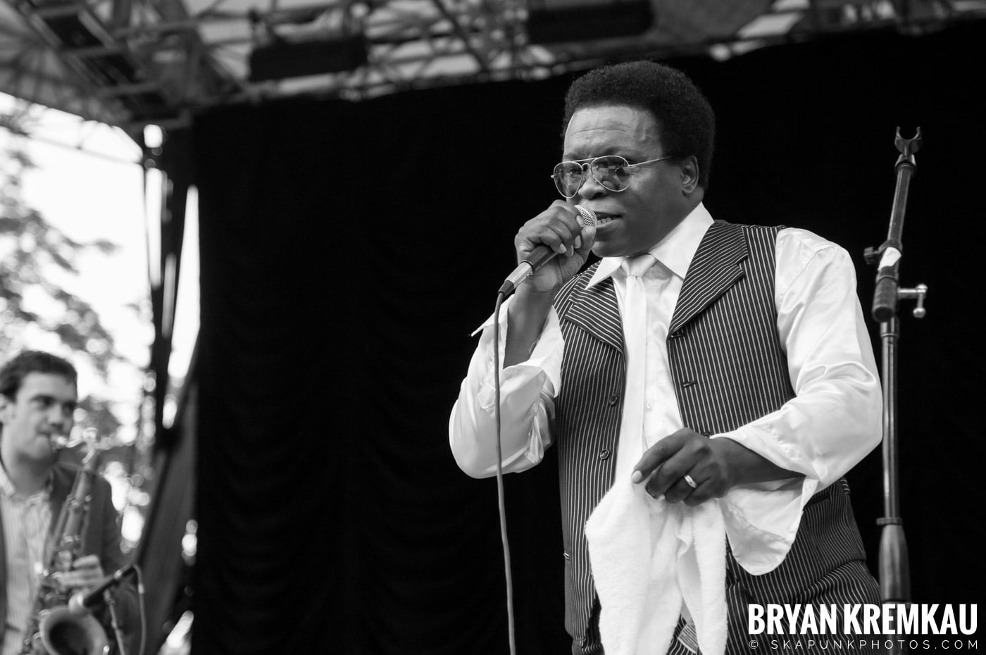Lee Fields & The Expressions @ Central Park SummerStage, NYC - 6.24.11 (23)