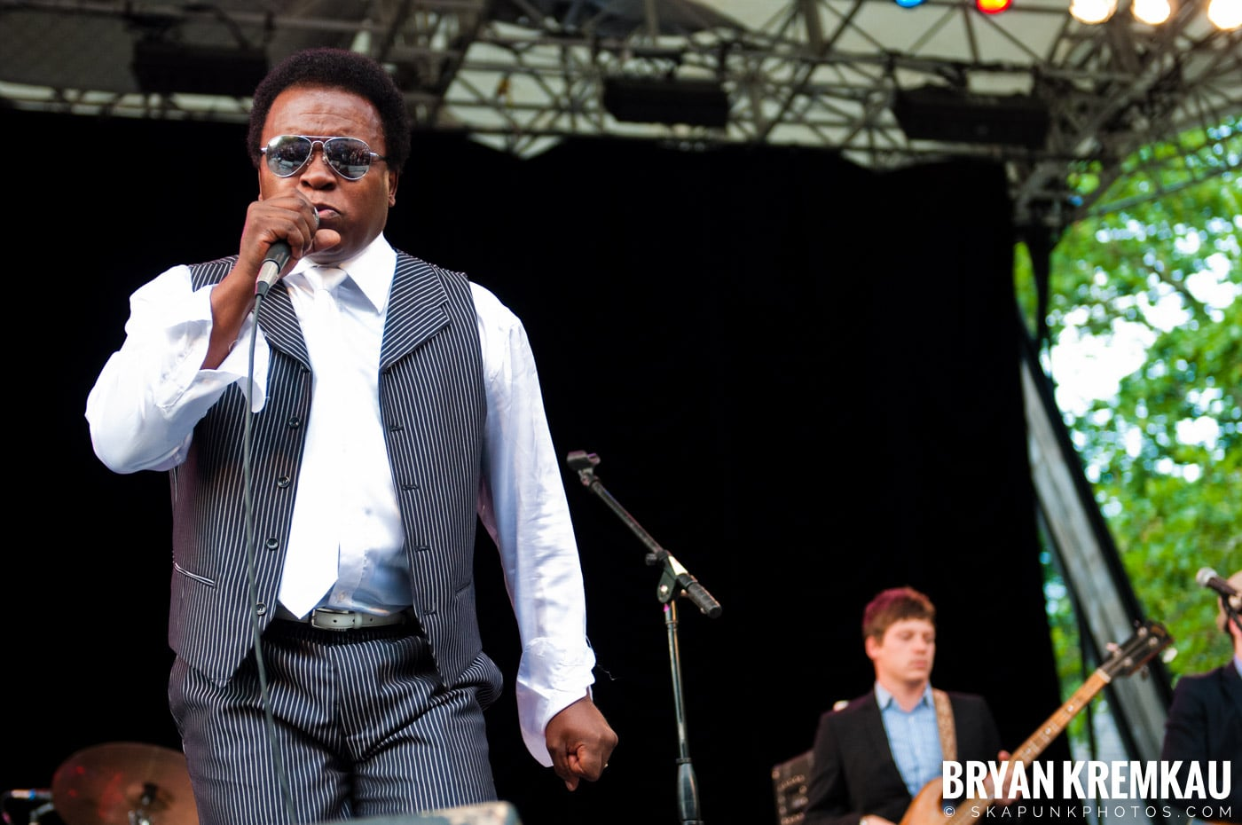 Lee Fields & The Expressions @ Central Park SummerStage, NYC - 6.24.11 (18)