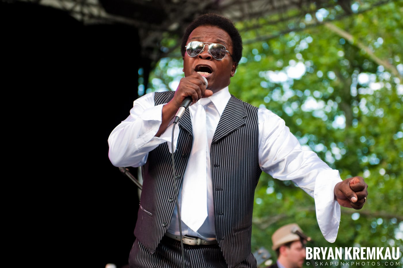 Lee Fields & The Expressions @ Central Park SummerStage, NYC - 6.24.11 (12)
