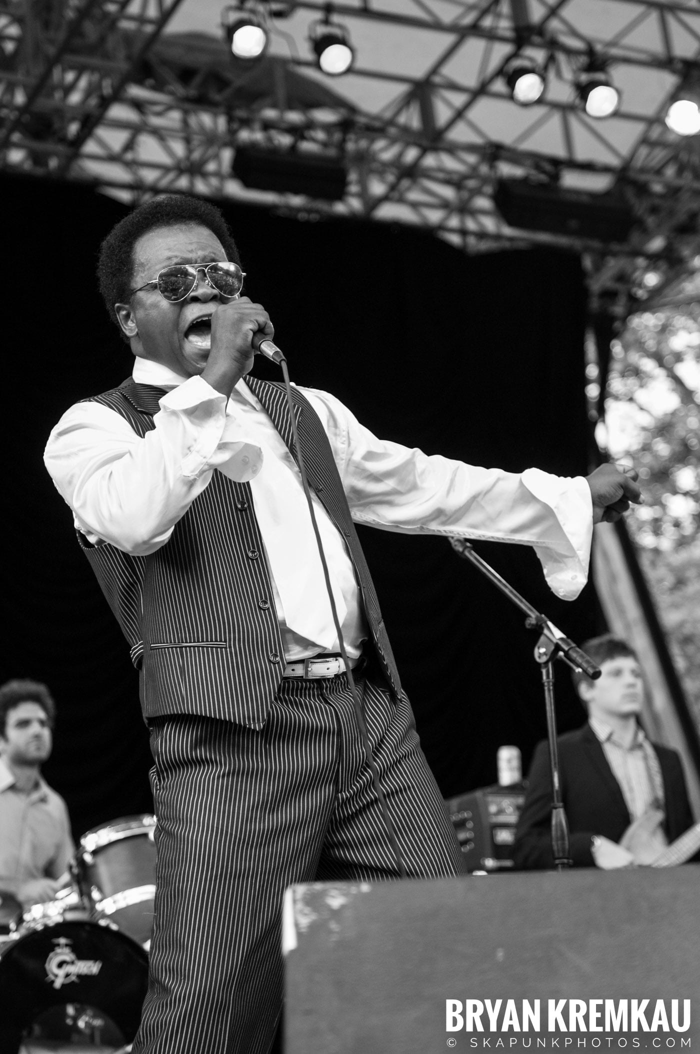 Lee Fields & The Expressions @ Central Park SummerStage, NYC - 6.24.11 (11)