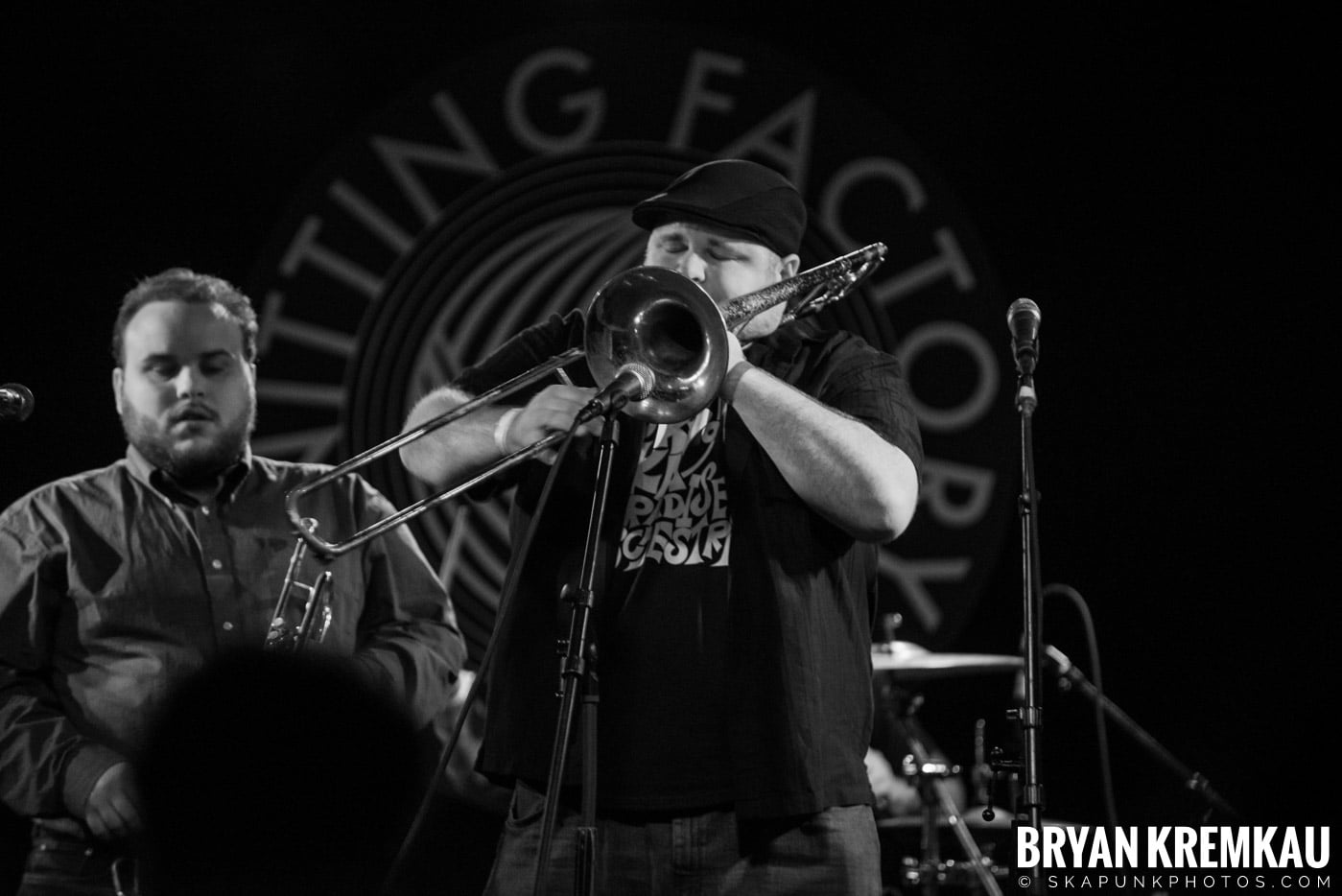 The Pandemics @ Knitting Factory, Brooklyn, NY - 12.30.16 (14)
