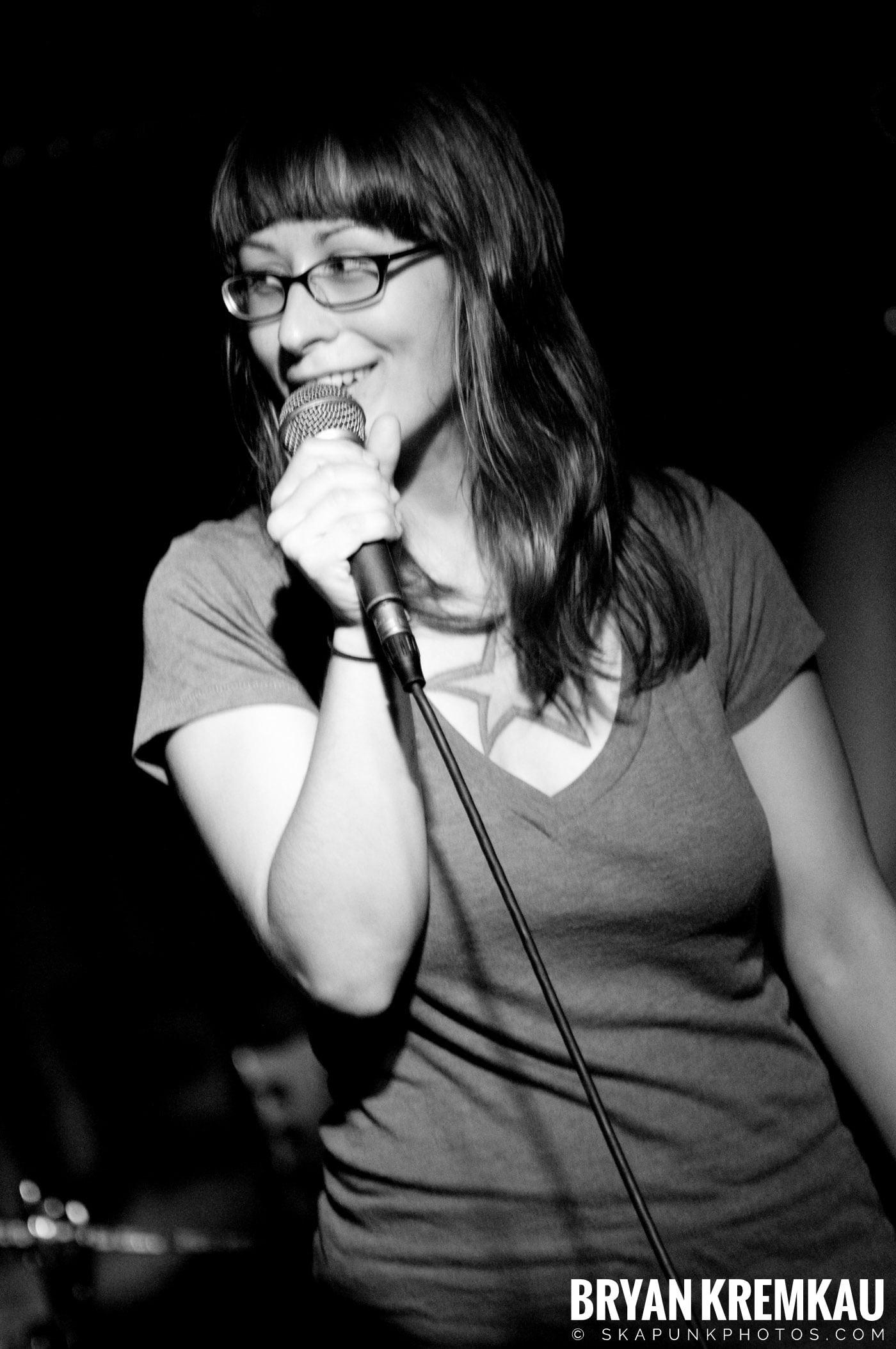 Kepi Ghoulie @ Cafe Metropolis, Wilkes-Barre PA - 6.21.08 (1)