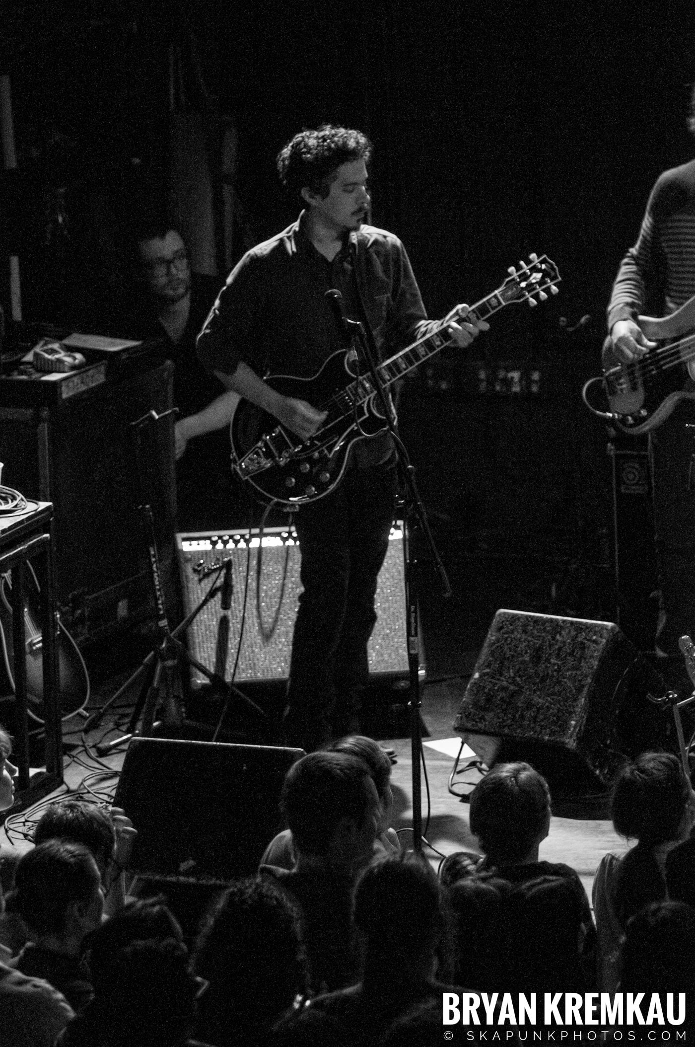 She & Him @ Bowery Ballroom, NYC - 3.29.10 (12)
