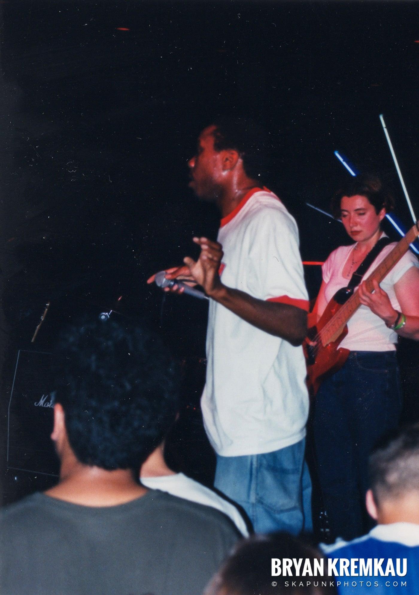 Pilfers @ Skater's World, Wayne, NJ - 1999 (22)