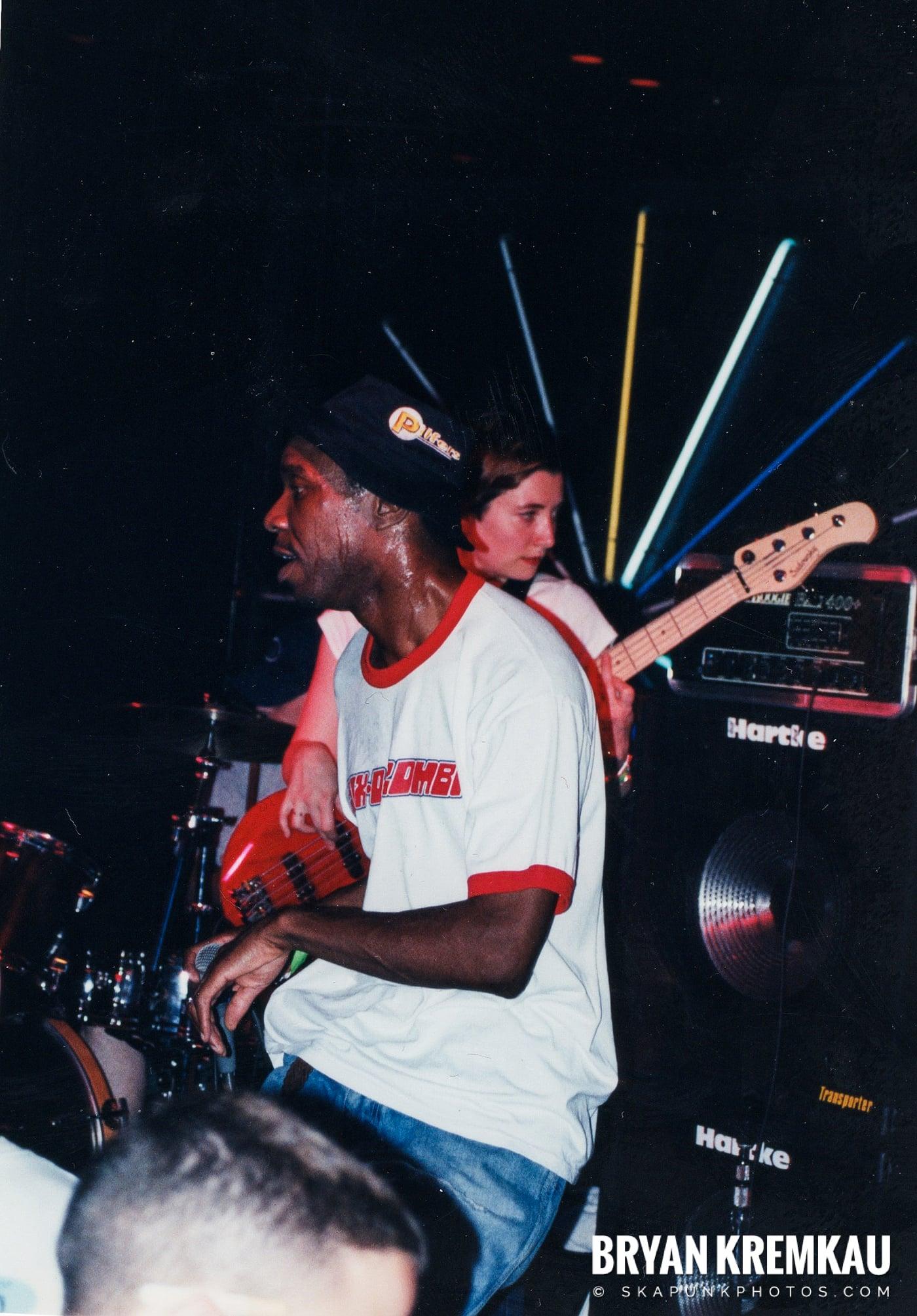Pilfers @ Skater's World, Wayne, NJ - 1999 (12)