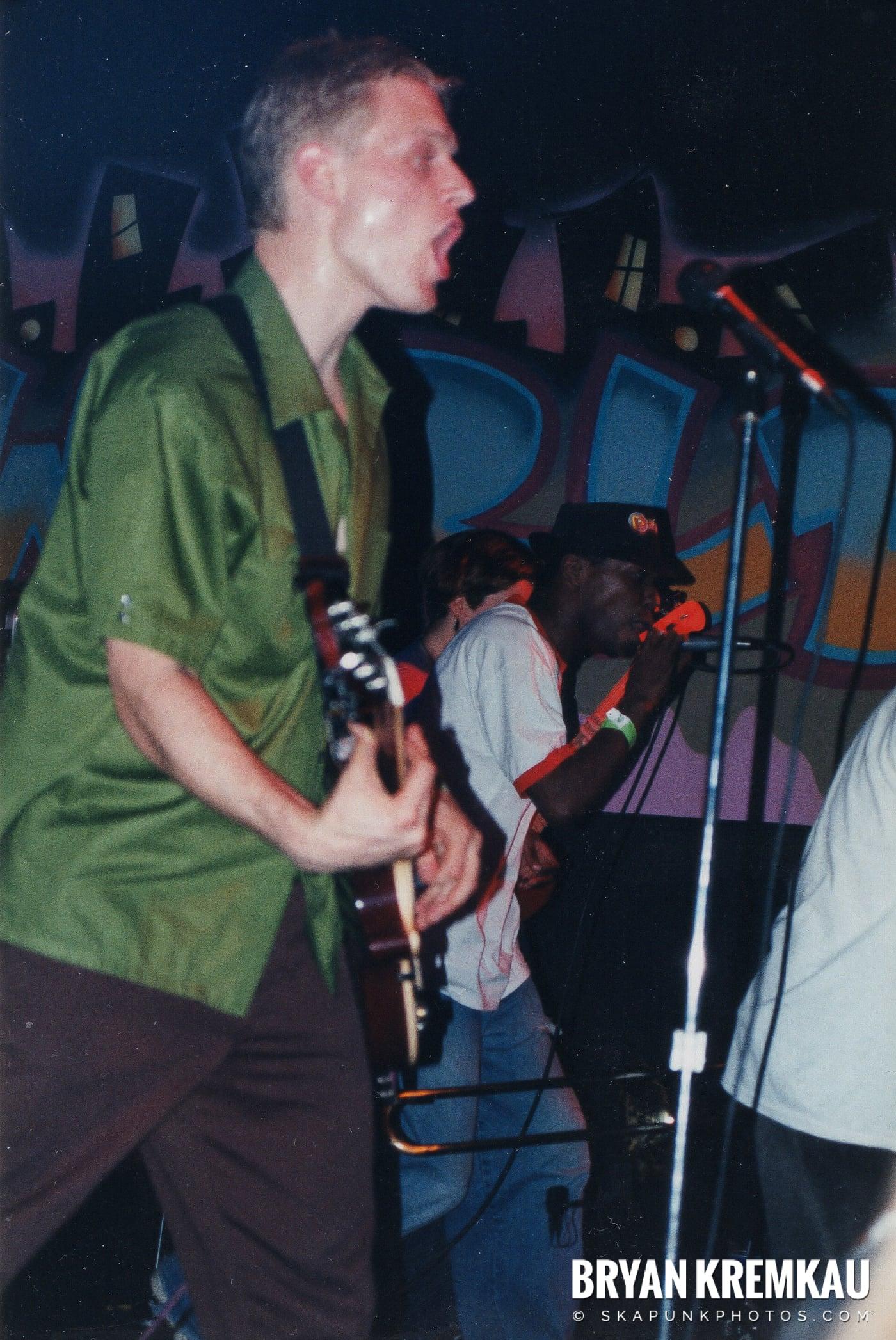Pilfers @ Skater's World, Wayne, NJ - 1999 (11)