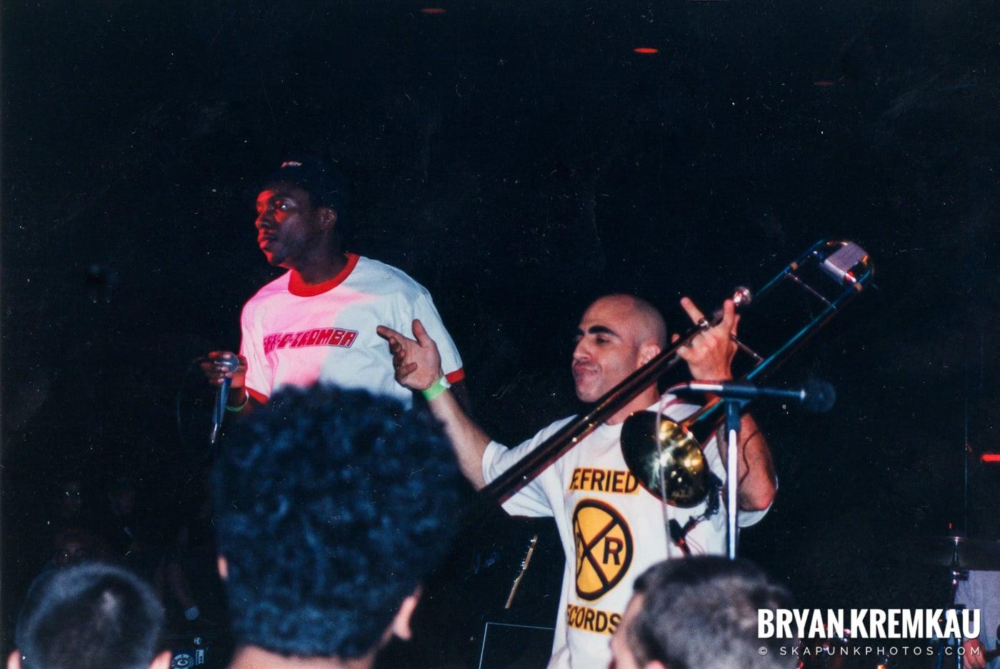 Pilfers @ Skater's World, Wayne, NJ - 1999 (10)