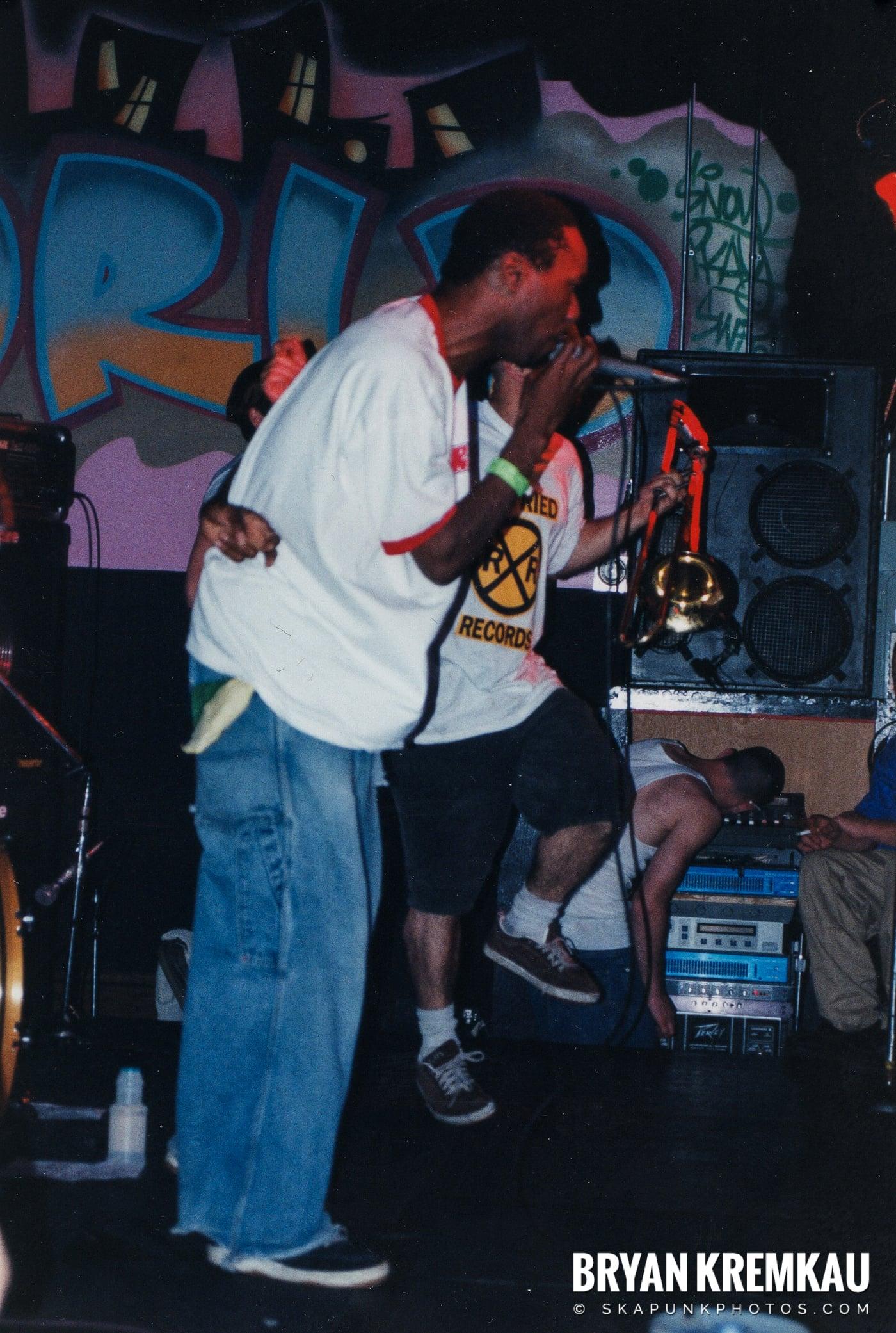 Pilfers @ Skater's World, Wayne, NJ - 1999 (8)