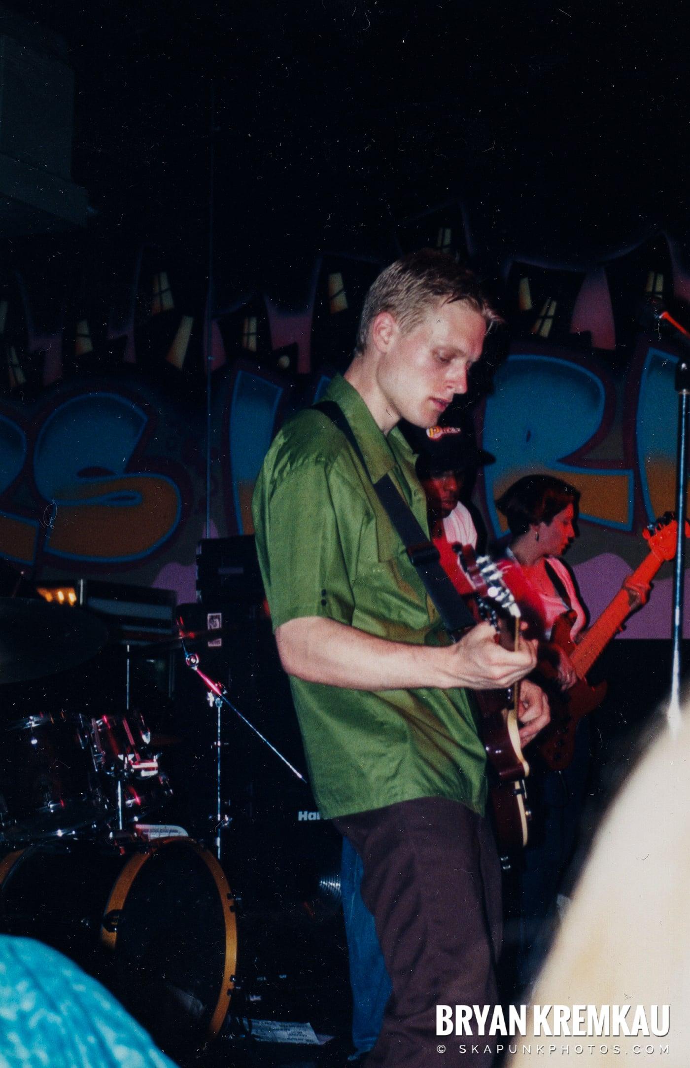 Pilfers @ Skater's World, Wayne, NJ - 1999 (1)