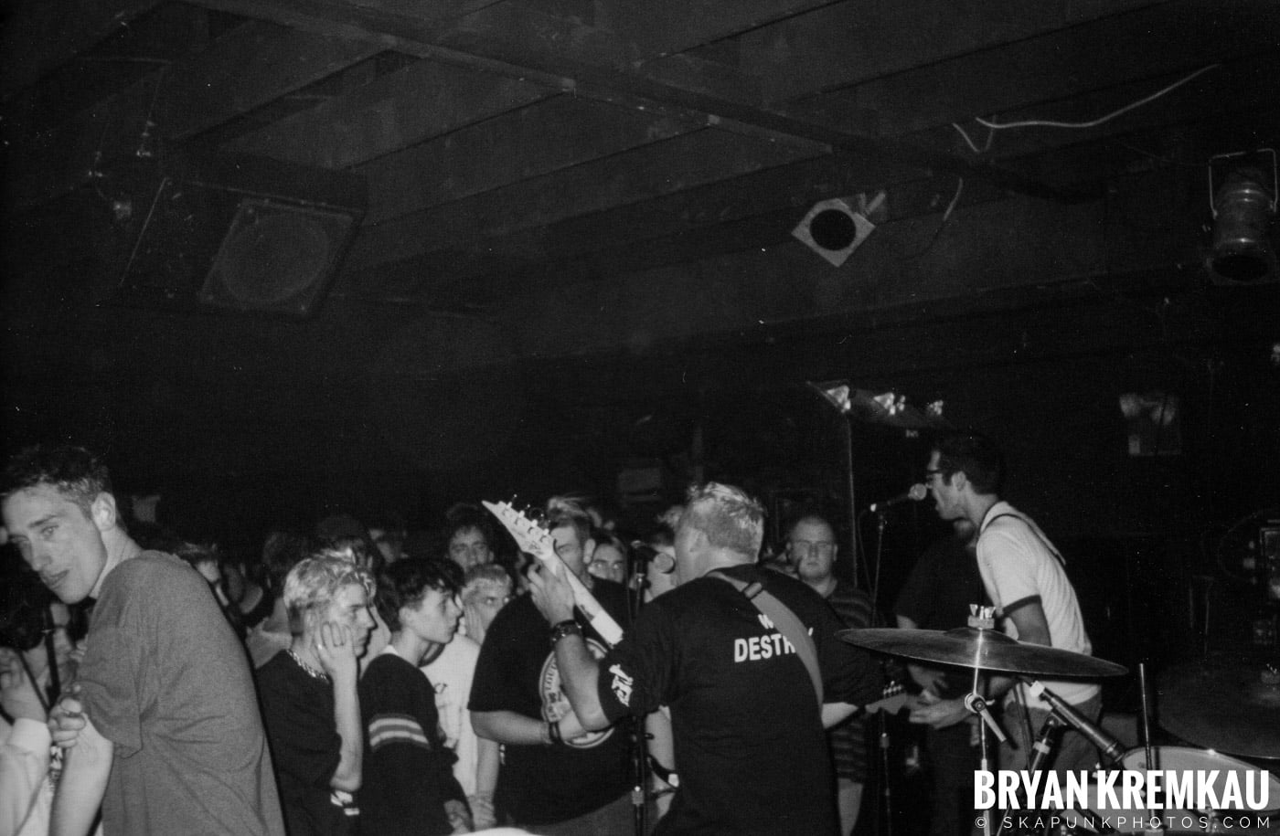 Against All Authority @ Sea Sea's, Moosic, PA - 3.14.98 (8)