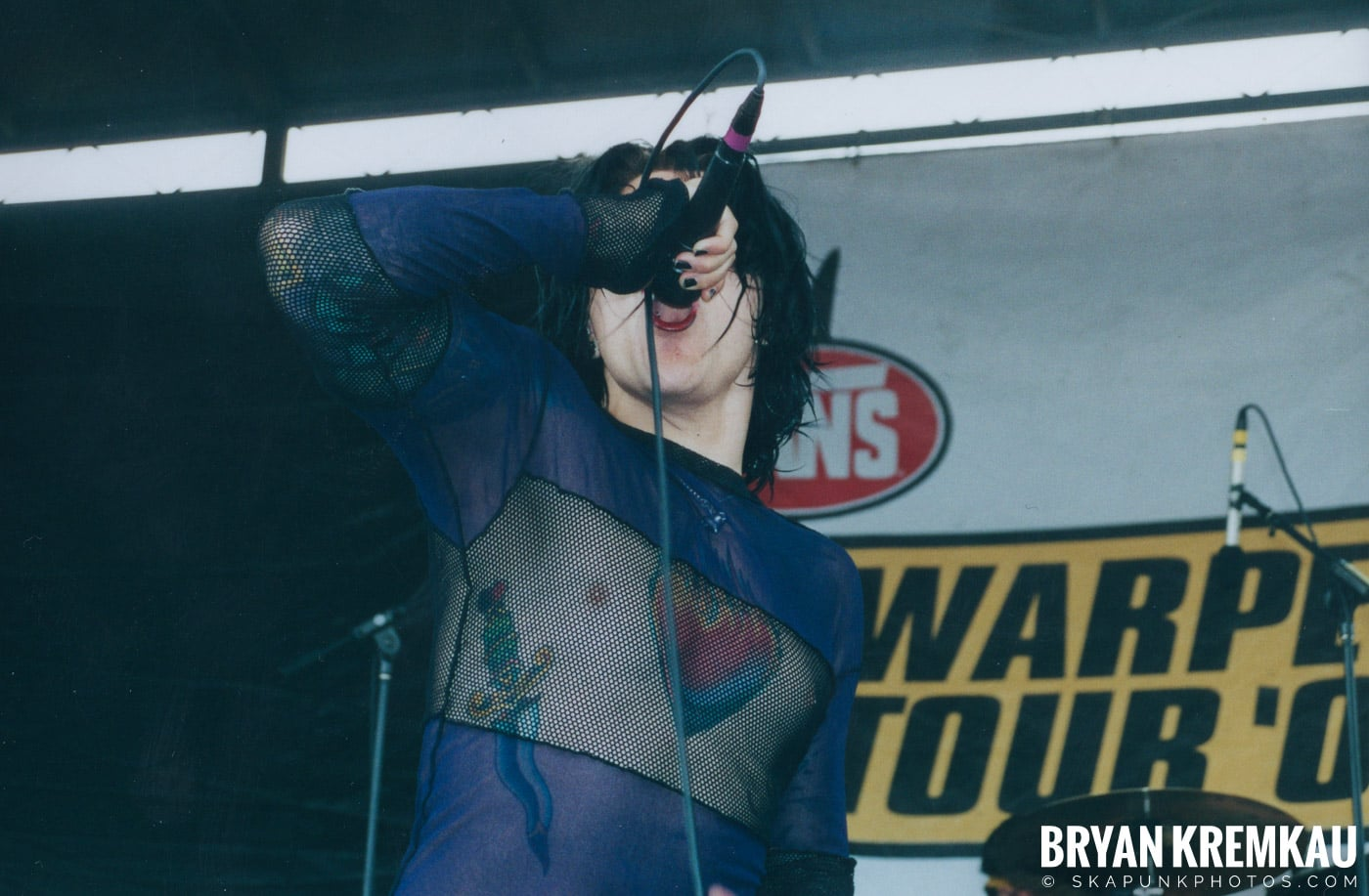 AFI @ Vans Warped Tour, Randall's Island, NYC - 8.4.01 (1)