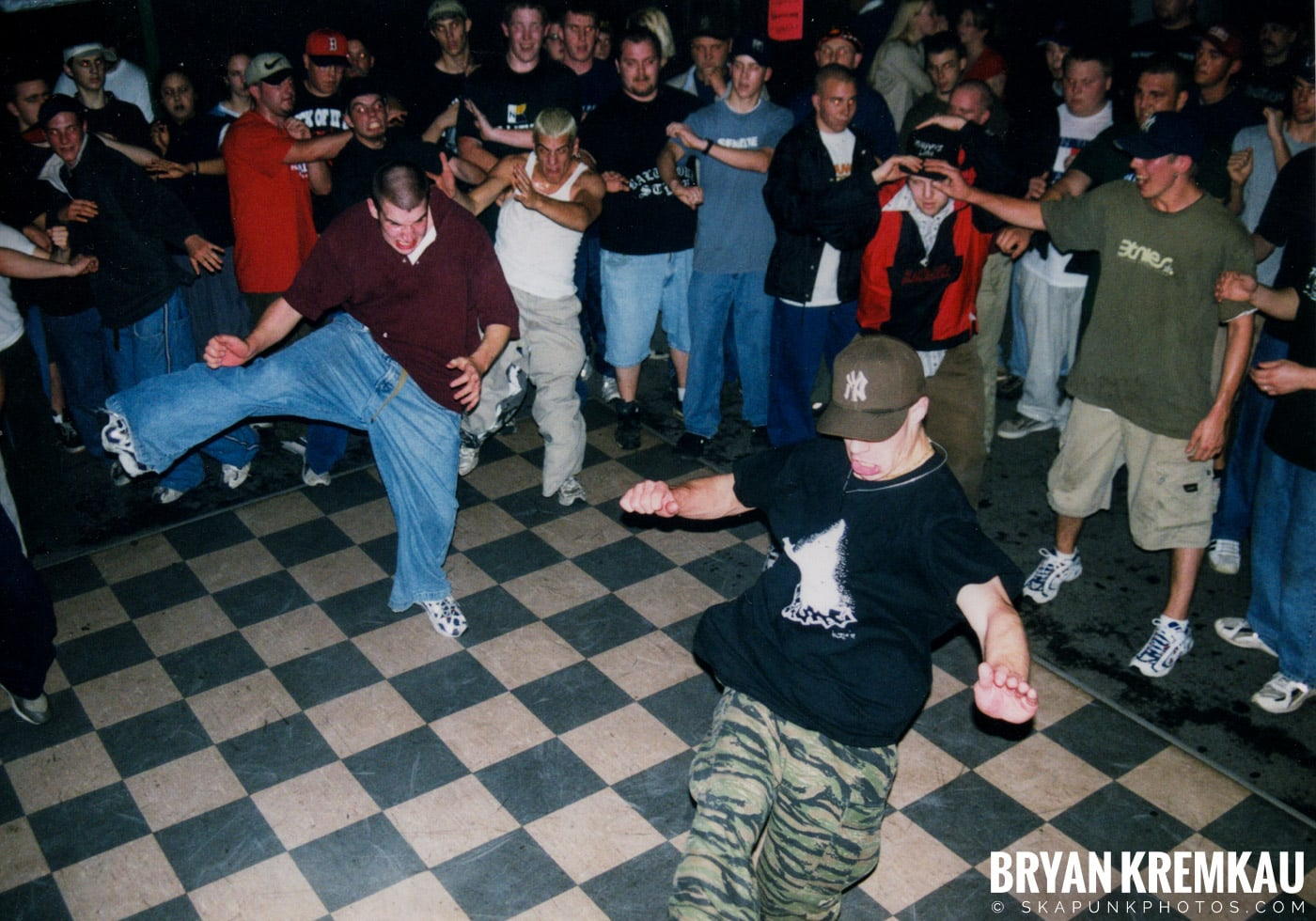 All Out War @ Sea Sea's, Moosic, PA - 5.7.99 (14)