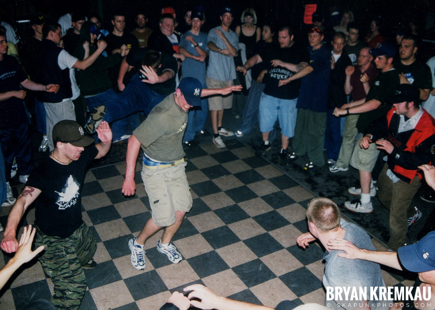 All Out War @ Sea Sea's, Moosic, PA - 5.7.99 (10)