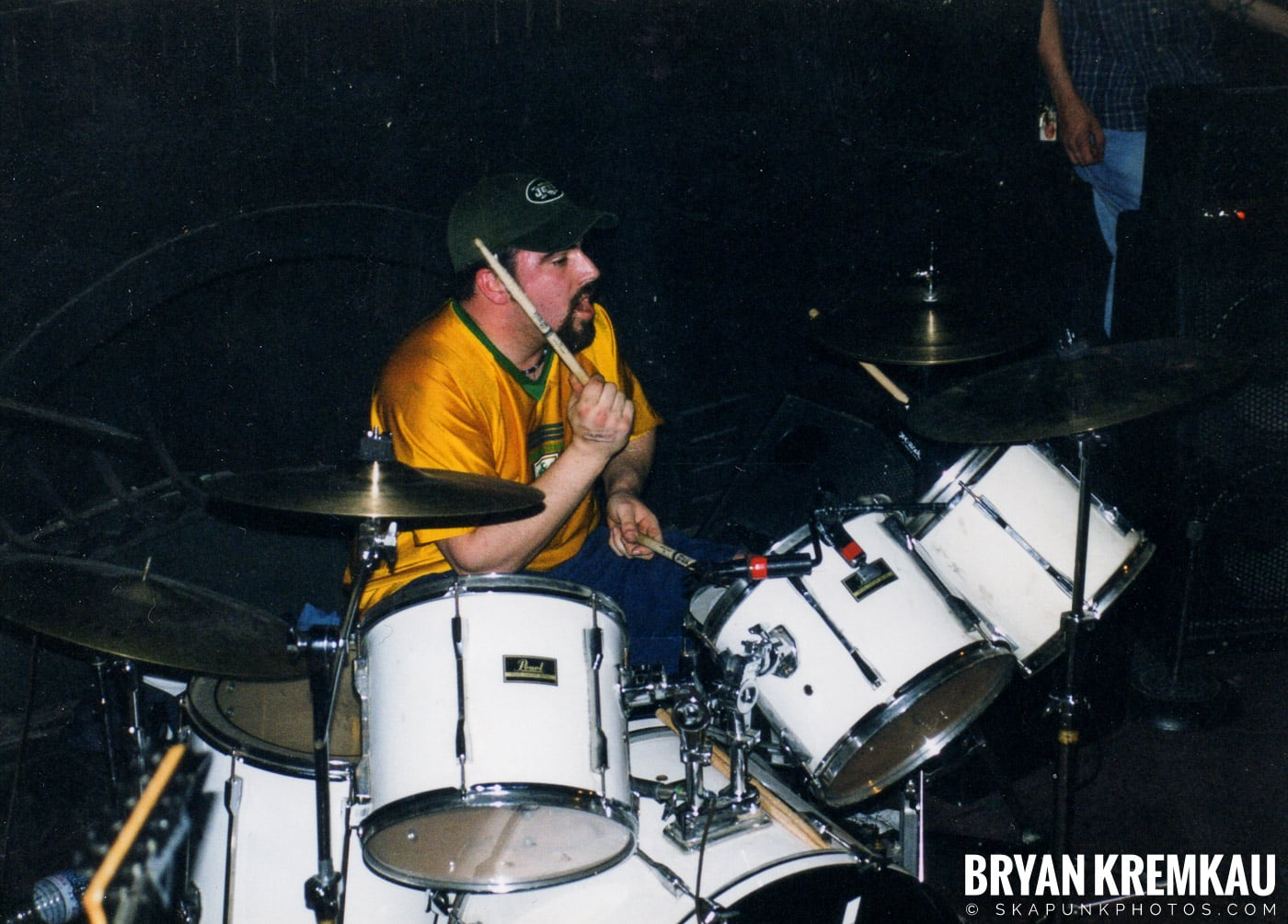 All Out War @ Sea Sea's, Moosic, PA - 5.7.99 (7)
