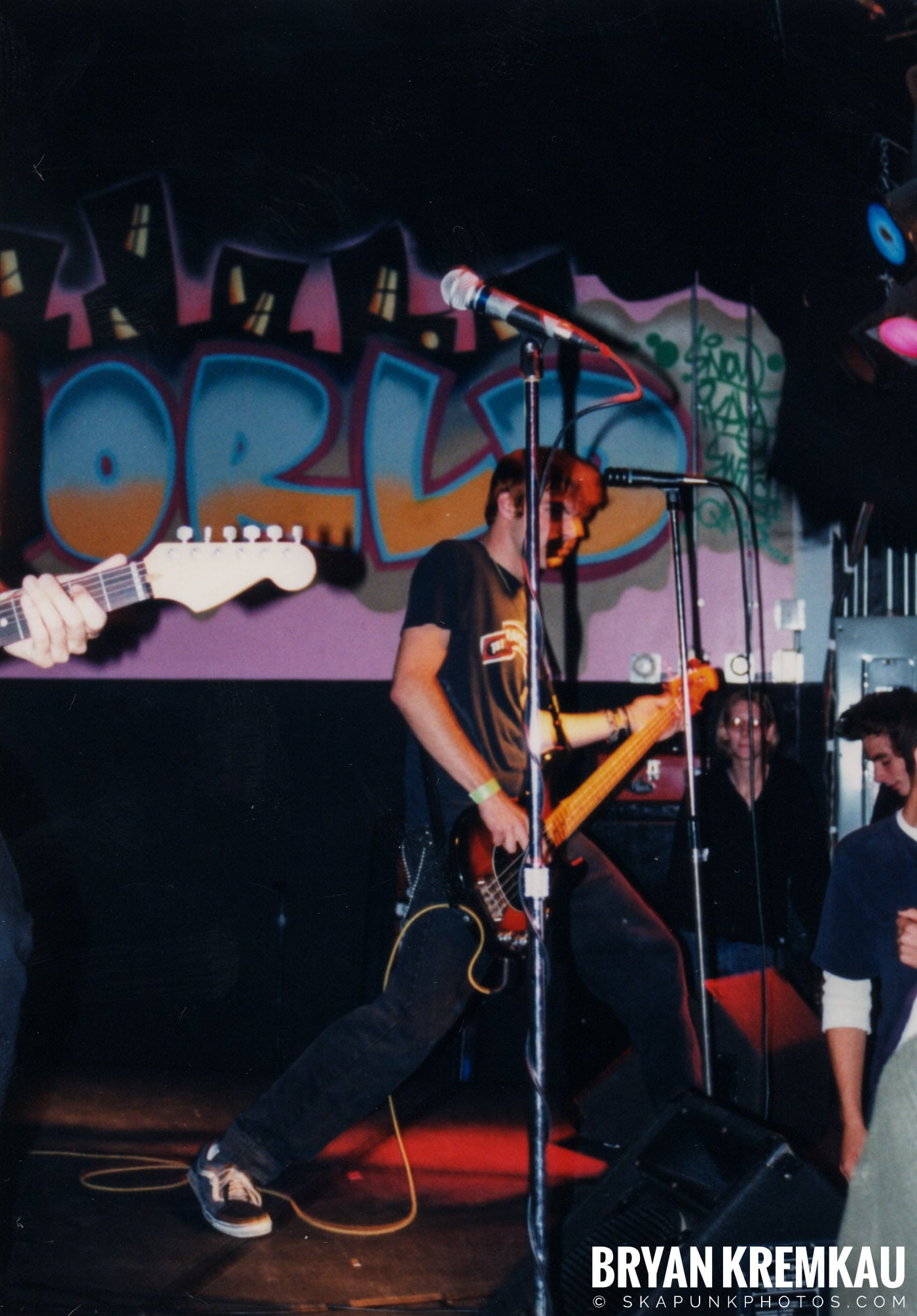 Animal Chin @ Skater's World, Wayne, NJ - 7.8.98 (2)