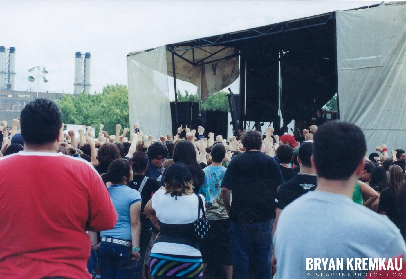 Anti-Flag @ Vans Warped Tour, Randall's Island, NYC - 8.7.04 (15)