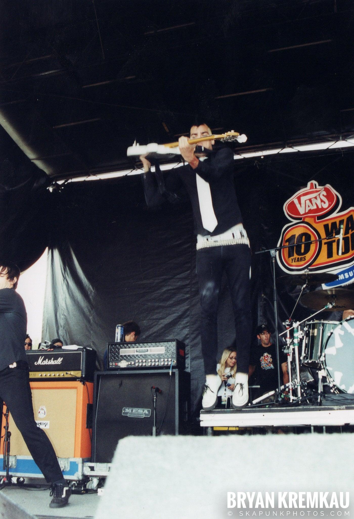 Anti-Flag @ Vans Warped Tour, Randall's Island, NYC - 8.7.04 (9)
