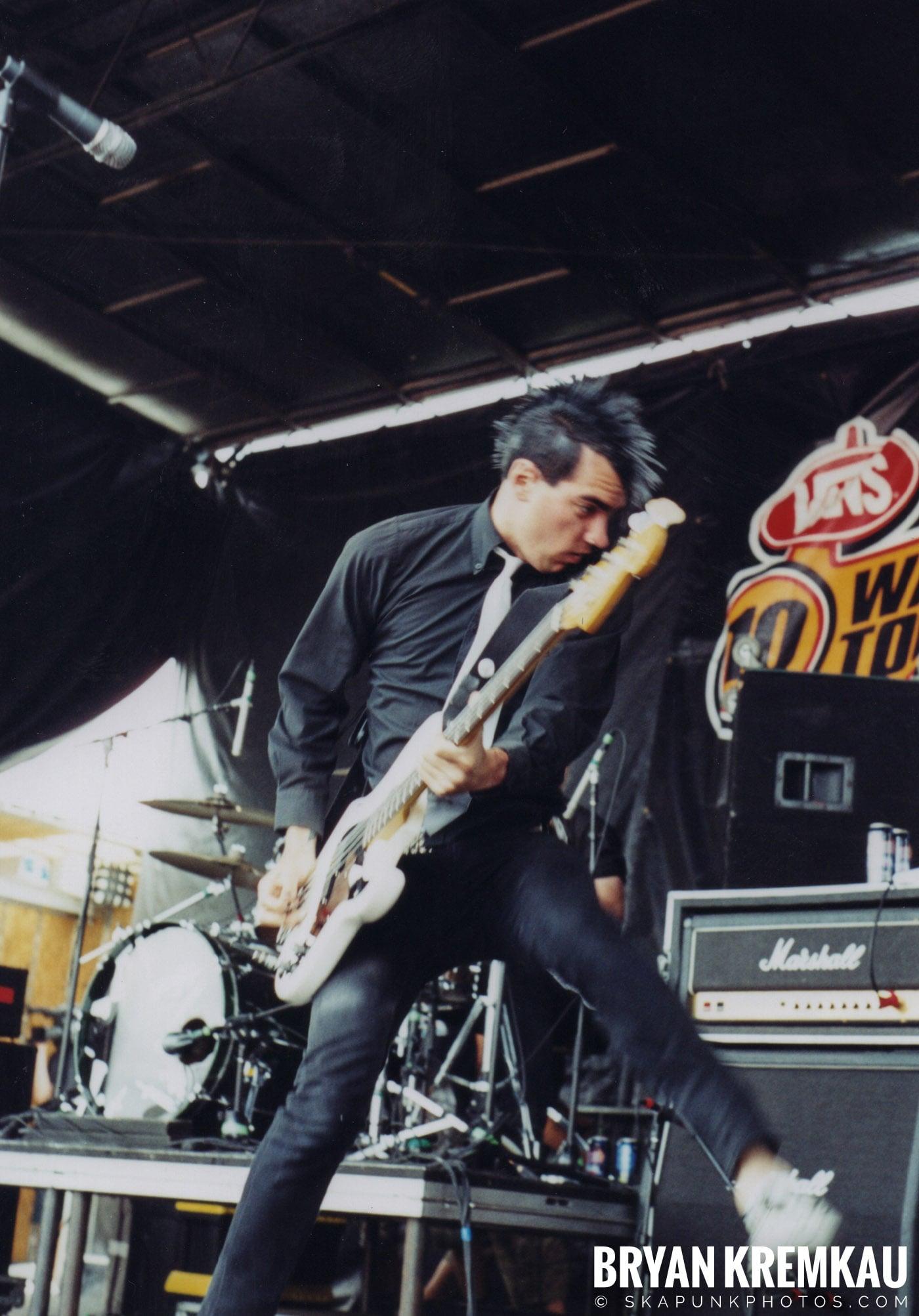 Anti-Flag @ Vans Warped Tour, Randall's Island, NYC - 8.7.04 (3)