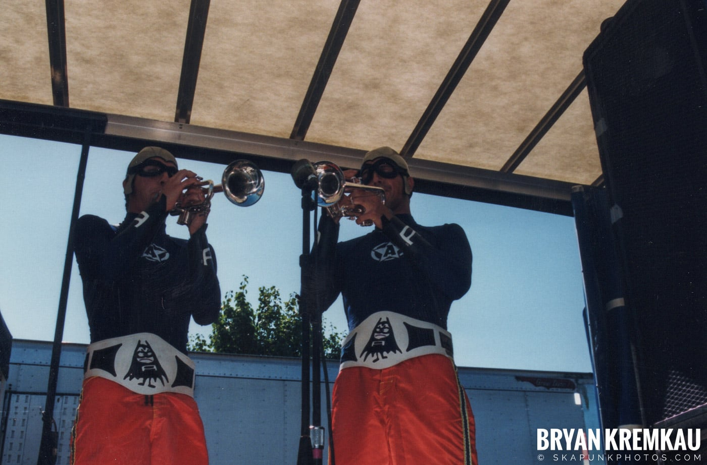 The Aquabats @ Vans Warped Tour, Randall's Island, NYC - 8.1.98 (16)