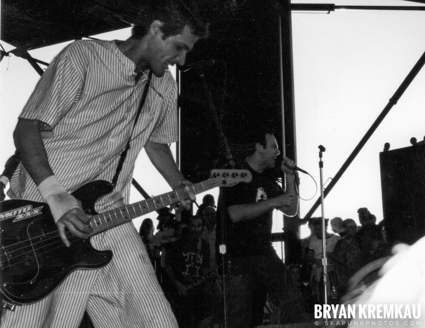 Bad Religion @ Vans Warped Tour, Randall's Island, NYC - 8.1.98 (7)