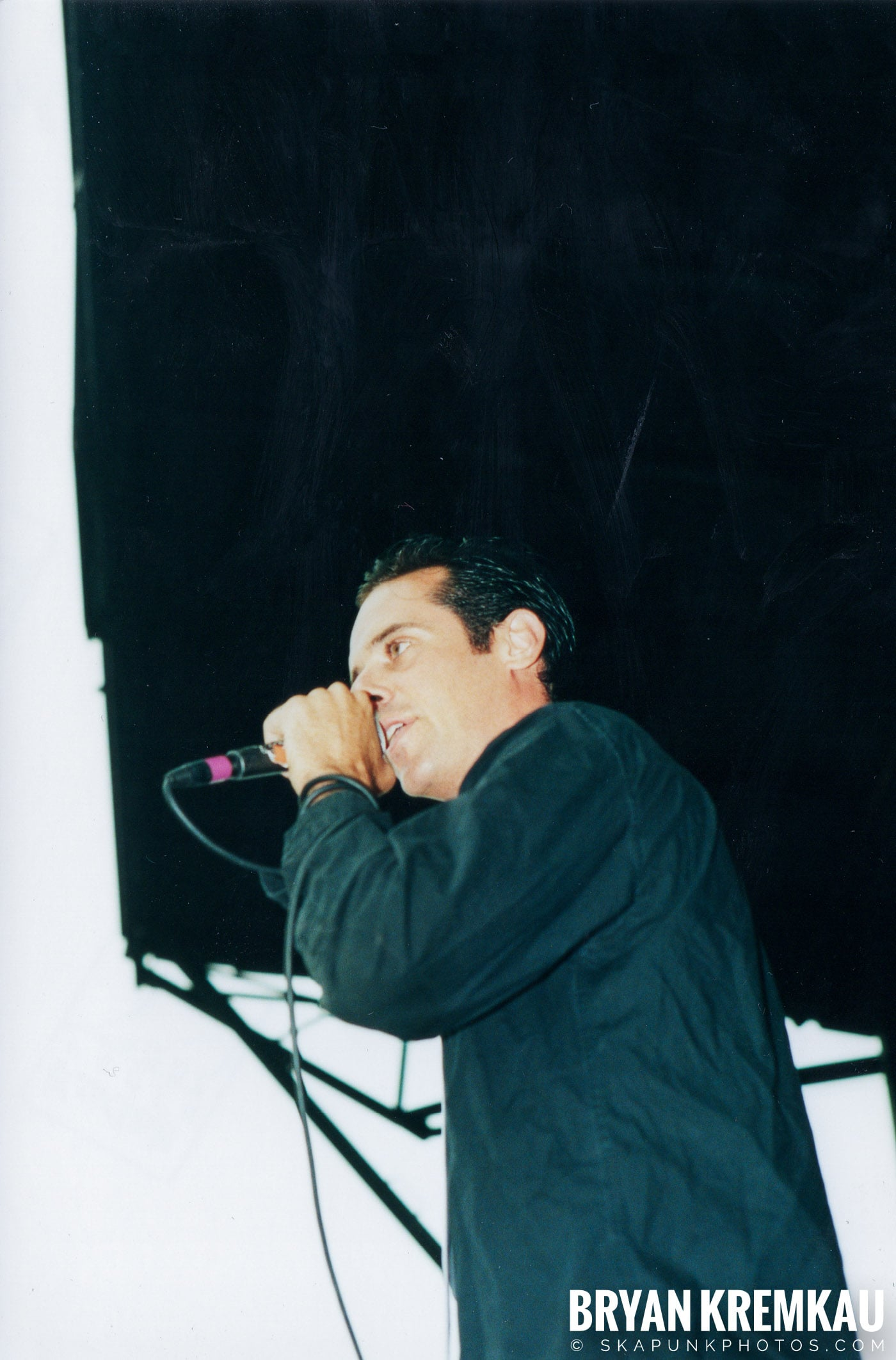 The Bouncing Souls @ Vans Warped Tour, Randall's Island, NYC - 8.4.01 (17)