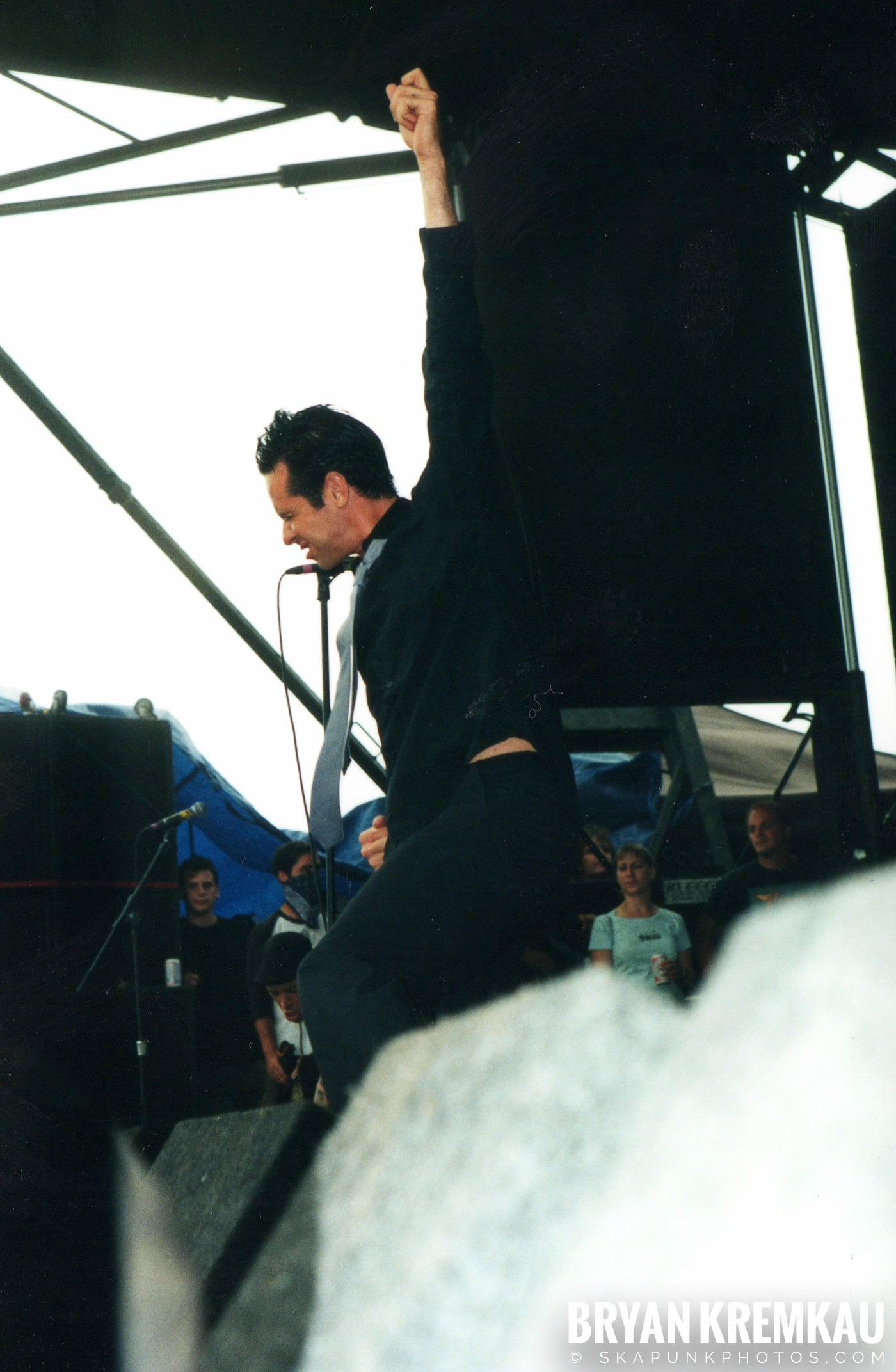 The Bouncing Souls @ Vans Warped Tour, Randall's Island, NYC - 8.4.01 (15)
