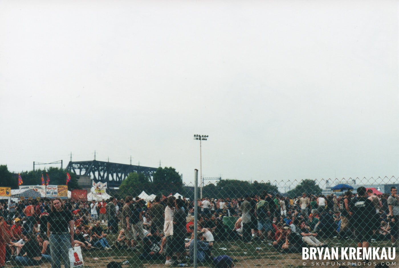 The Bouncing Souls @ Vans Warped Tour, Randall's Island, NYC - 8.4.01 (11)
