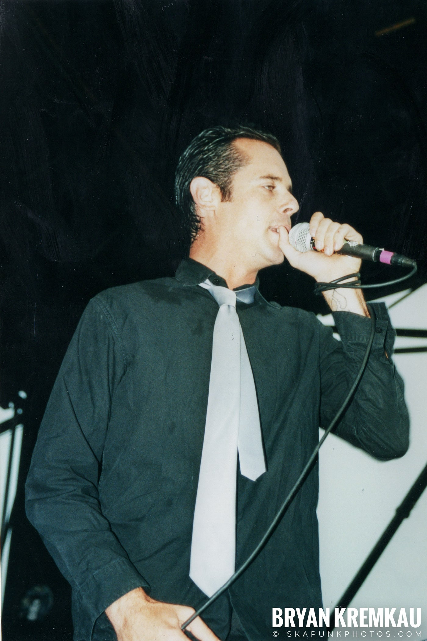 The Bouncing Souls @ Vans Warped Tour, Randall's Island, NYC - 8.4.01 (9)