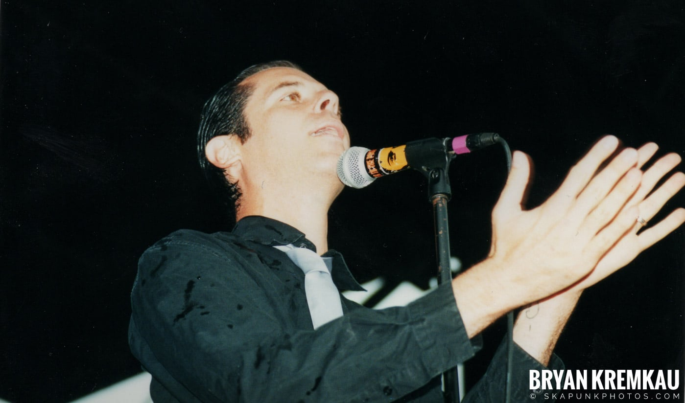 The Bouncing Souls @ Vans Warped Tour, Randall's Island, NYC - 8.4.01 (7)